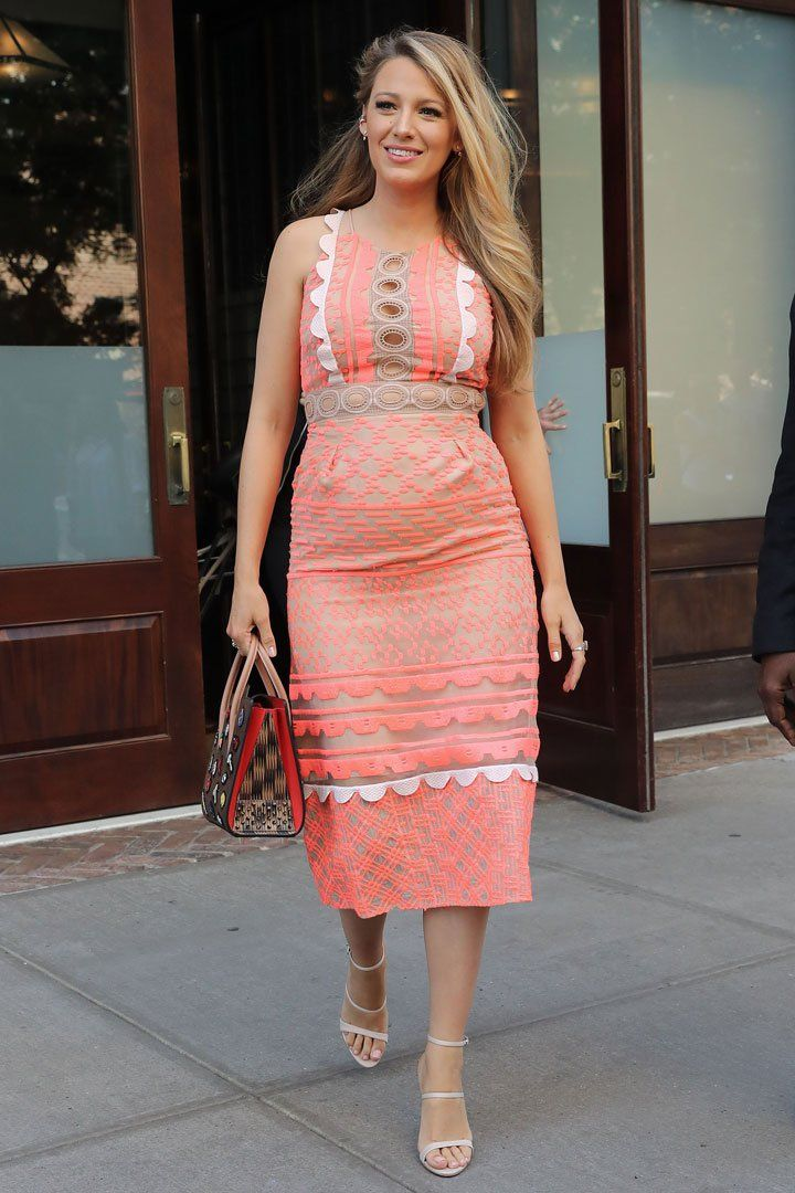 The Best Part About Blake Lively\'s Outfit Is Obviously the Bag | Mamá