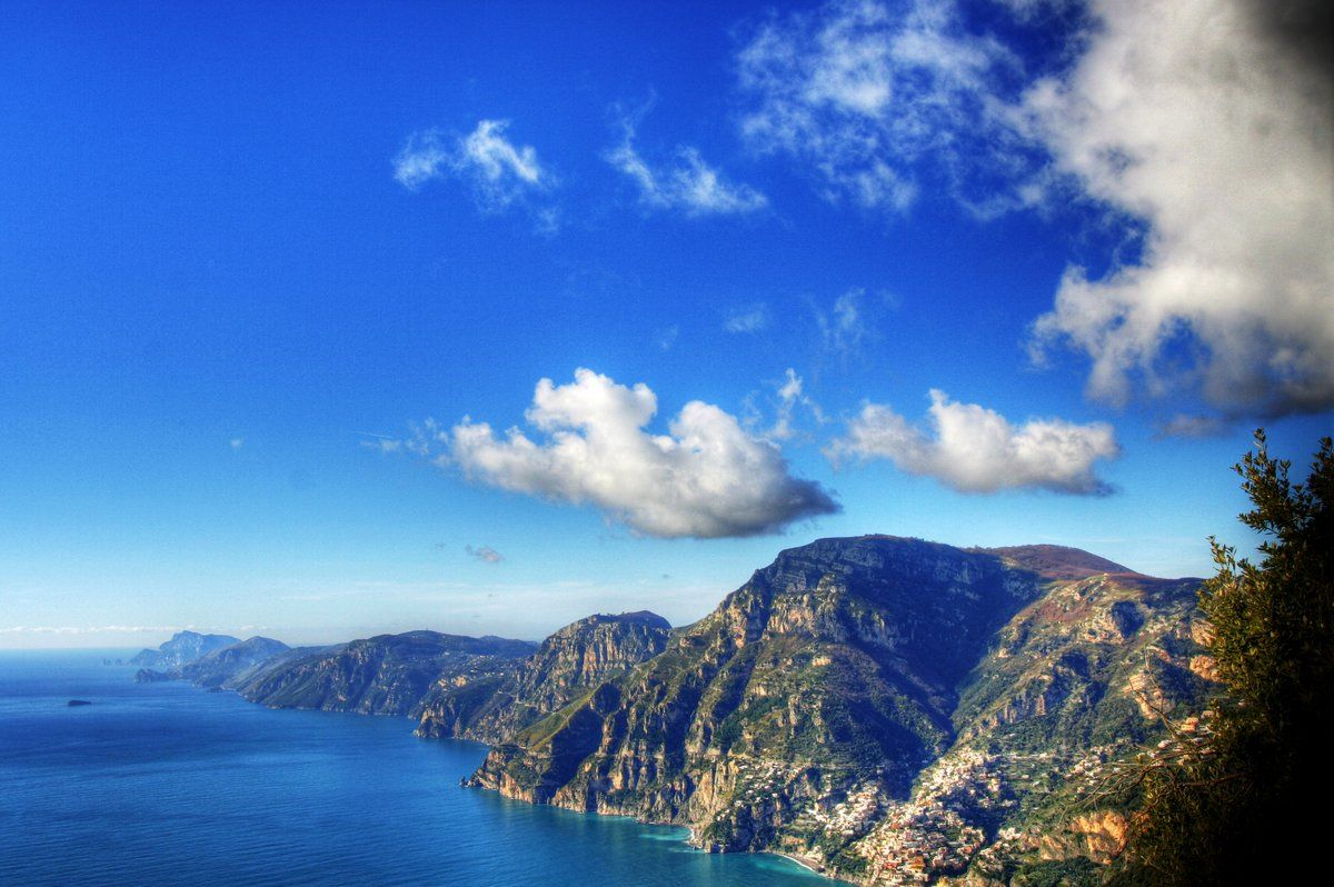 Positano/Agerola: Sentiero degli Dei ('Path of the Gods') beautiful hike. More info:  http://www.walking-trekking.com/path_gods.htm | Elevation map: http://www.sulsentierodeglidei.it/ing/default.asp