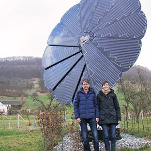 smartflower: solar panels follow the sun for max efficiency - very