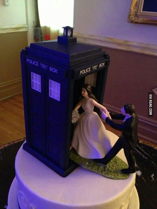 Dr. Who Tardis Wedding Cake Topper