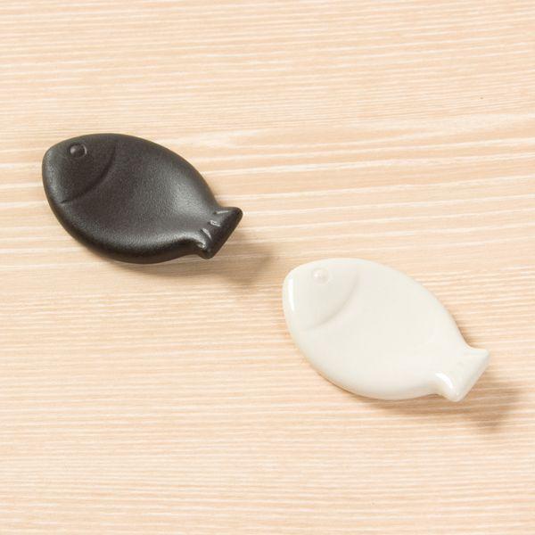箸置き2個セット 魚 白 黒 Wh Bk 箸置き インテリア 家具 セット