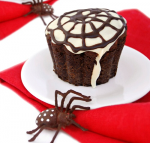 Chocolate-cupcakes-with-spider