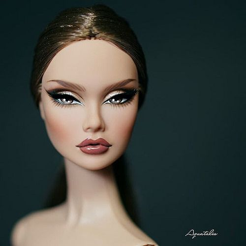 The Reluctant Debutante ~ limited edition of 700 dolls