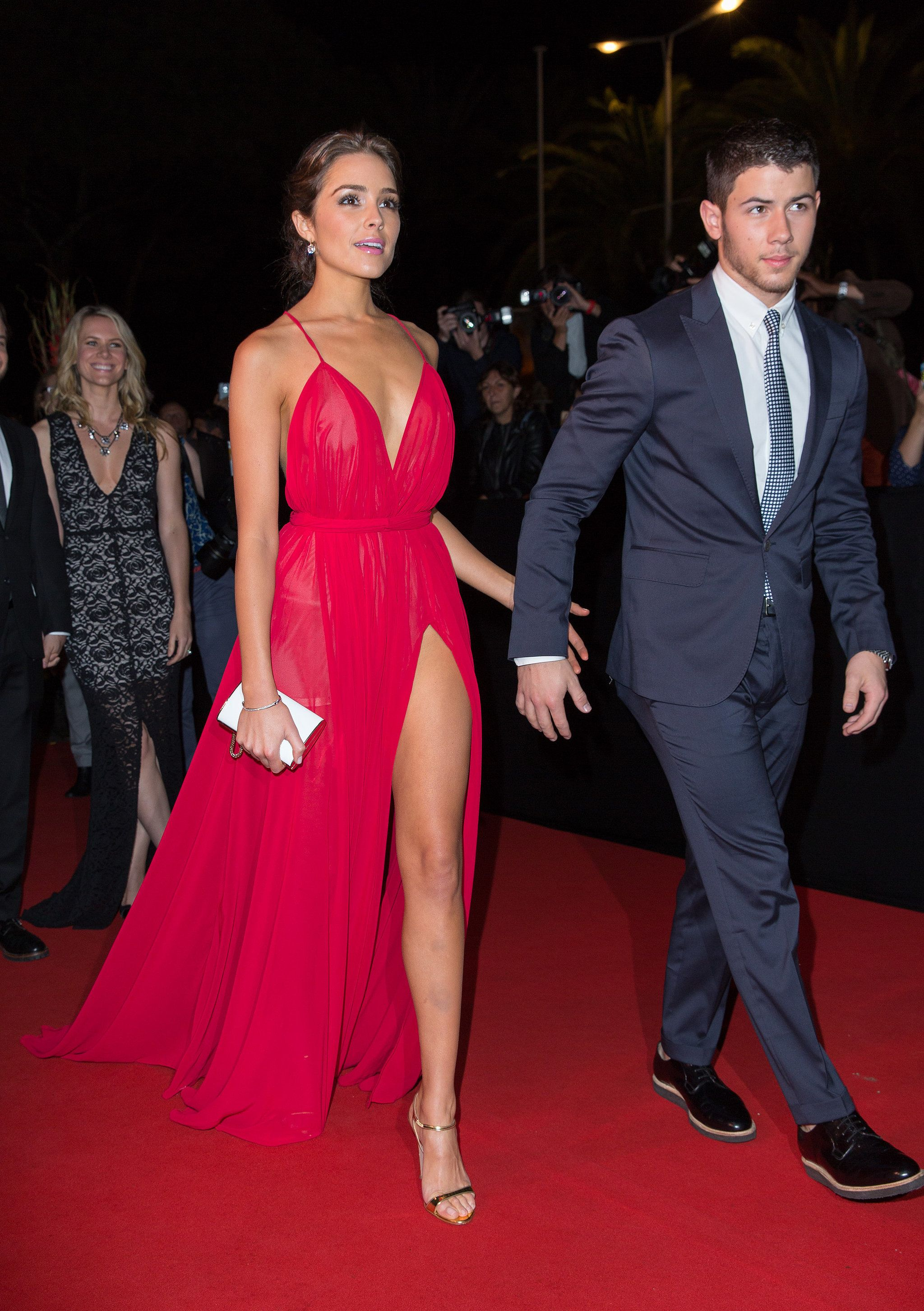 He Always Reached Out For Her Hand Red Carpet Dresses Backless Evening Dress Evening Dresses