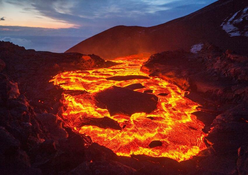 Why Do Volcanoes Erupt Volcano Yellowstone Volcano Planets