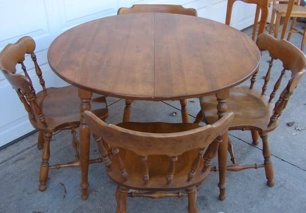 Ethan Allen Solid Maple Birch Dining Table Four Chairs 125