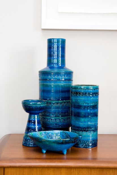 Gorgeous Ceramics From The Rimini Blue Collection By Bitossi Hand Decorated And Stamped Italian Pottery Italian Ceramics Pottery