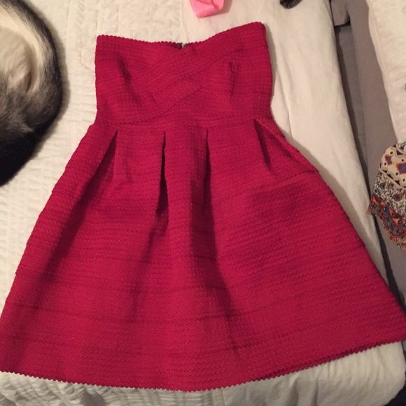 NWOT Strapless red dress Perfect condition, bought for graduation and wore something else instead, so was never worn Sans Souci Dresses Strapless