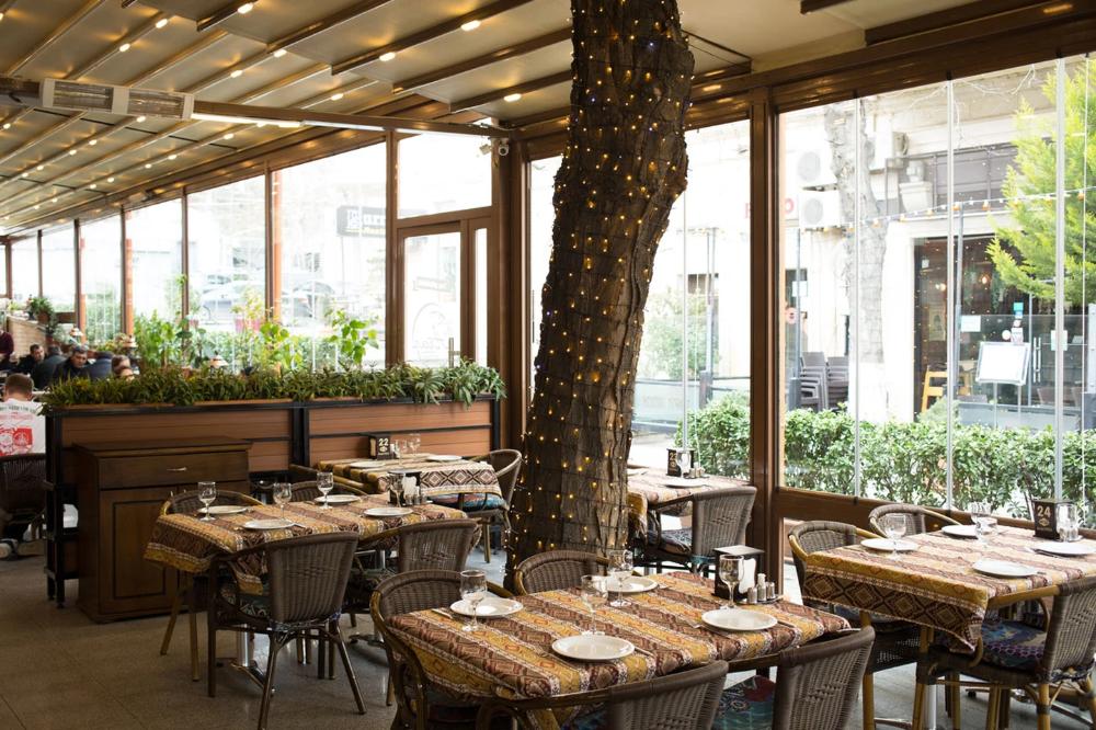 The 10 Best Restaurants In Baku Azerbaijan Georgian Restaurant Restaurant Fish House