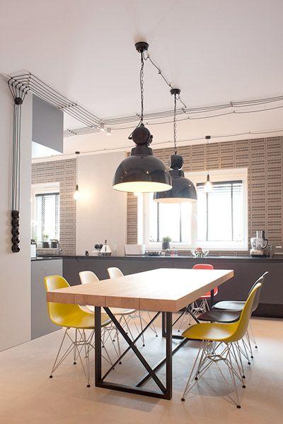 Industrialna Kuchnia Polaczona Z Jadalnia Architektura Wnetrza Technologia Design Homesquare Home Decor Home Furniture