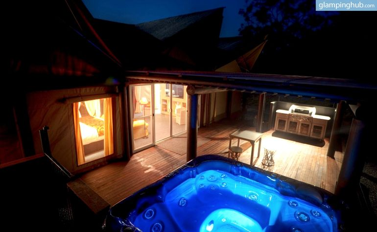 Luxury Tents Stanthorpe with Spa AU | Cabin Tents with Hot Tub & Stanthorpe Luxury Tent with Outdoor Spa in Queensland Australia ...