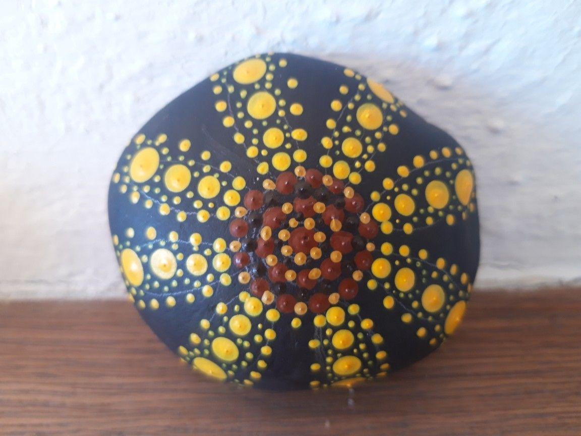 pin von ninikum auf steine handbearbeitet in 2020  steine