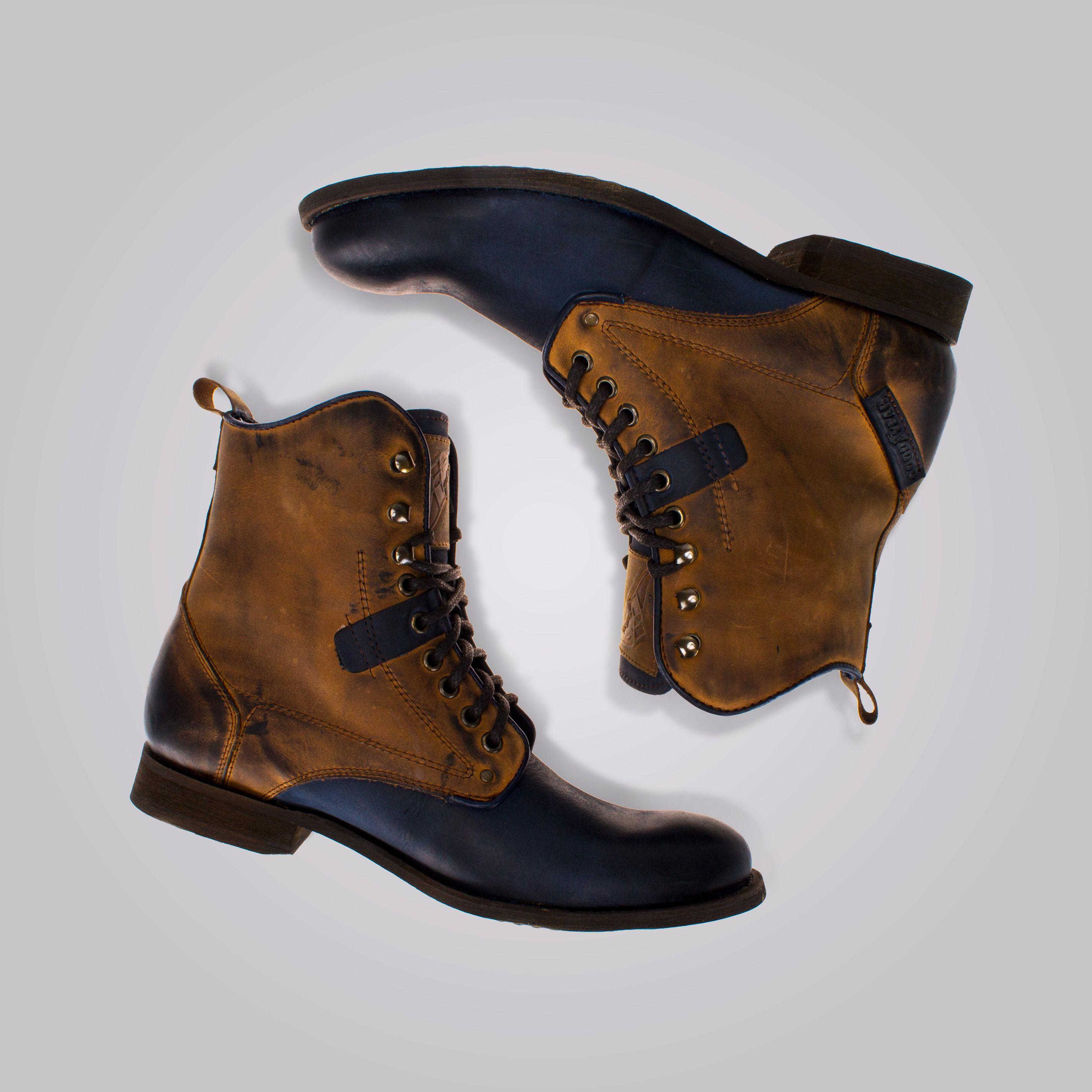 Tu estilo, tus botas #priceshoes #lamodamasdeseada #botas #caballeros.  ¡Adquiérelas