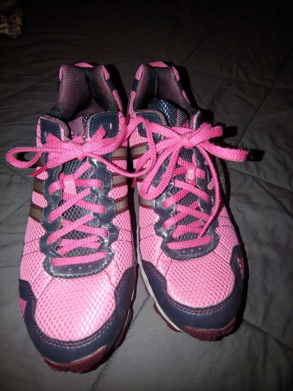 Adidas hiking sneakers size 912 in like new condition