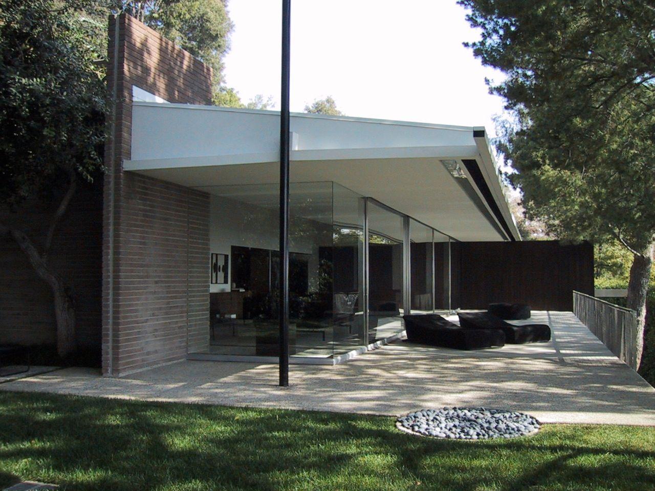 Mid Century Modern Mansion Exterior