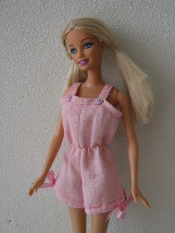 Crealyt - Handgemaakte Barbiekleertjes
