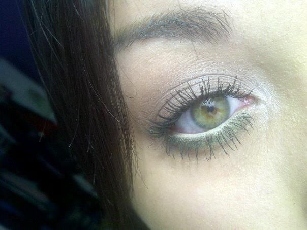 Neutral eye with pop of green. Taken with natural lighting.