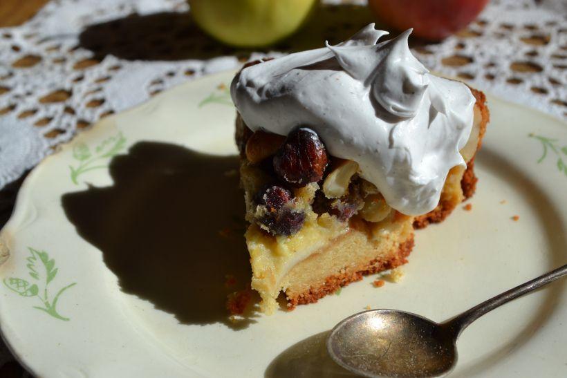 O-Koodi: Tahmea pähkinä-omena kakku & kookosvaahto ja makean lyhyt oppimäärä