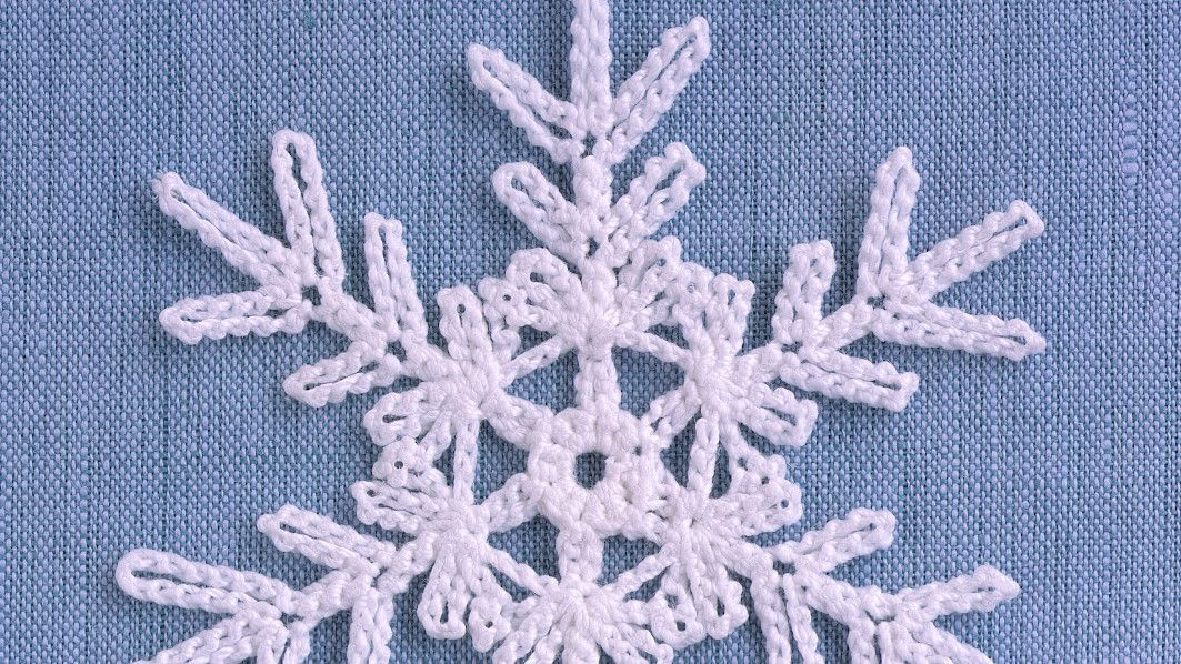 Classic Crocheted Snowflake Crochet Snowflakes Single Crochet Stitch Snowflake Pattern