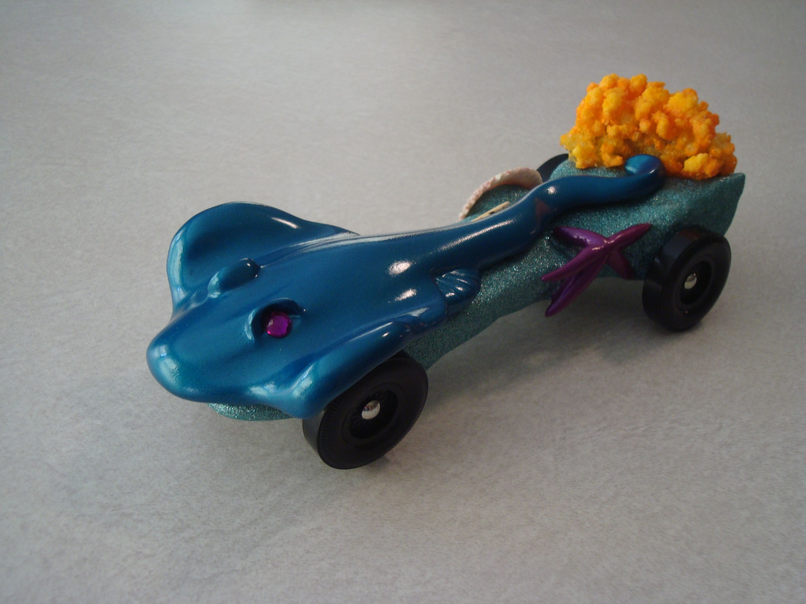 Pin On Our Pinewood Derby Cars