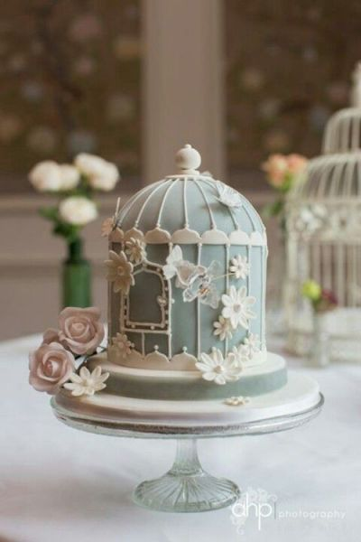 Extravagante Hochzeitsdekoration mit Käfigen – Vintage trifft auf Moderne! #tortendekorieren