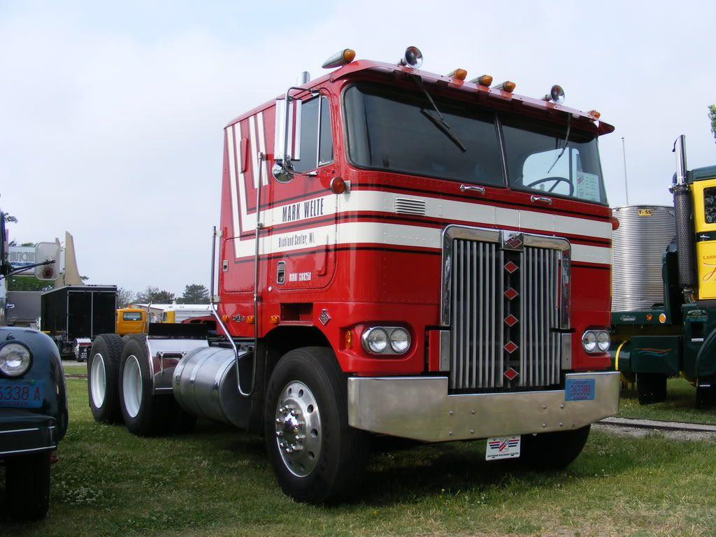 Diamond reo royale coe diamond t and diamond reo trucks diamond reo royale coe sciox Image collections