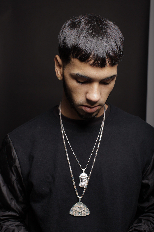 Pin By Reggaetrap On Anuel Aa Latin Artists Beautiful Men Bryant Myers