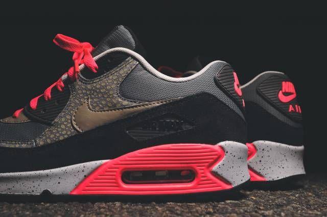 newest 3bb9e ce482 Nike Air Max 90 PRM