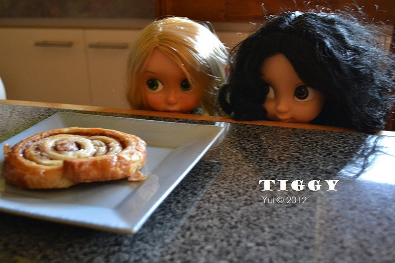 Share breakfast together   Flickr - Photo Sharing!