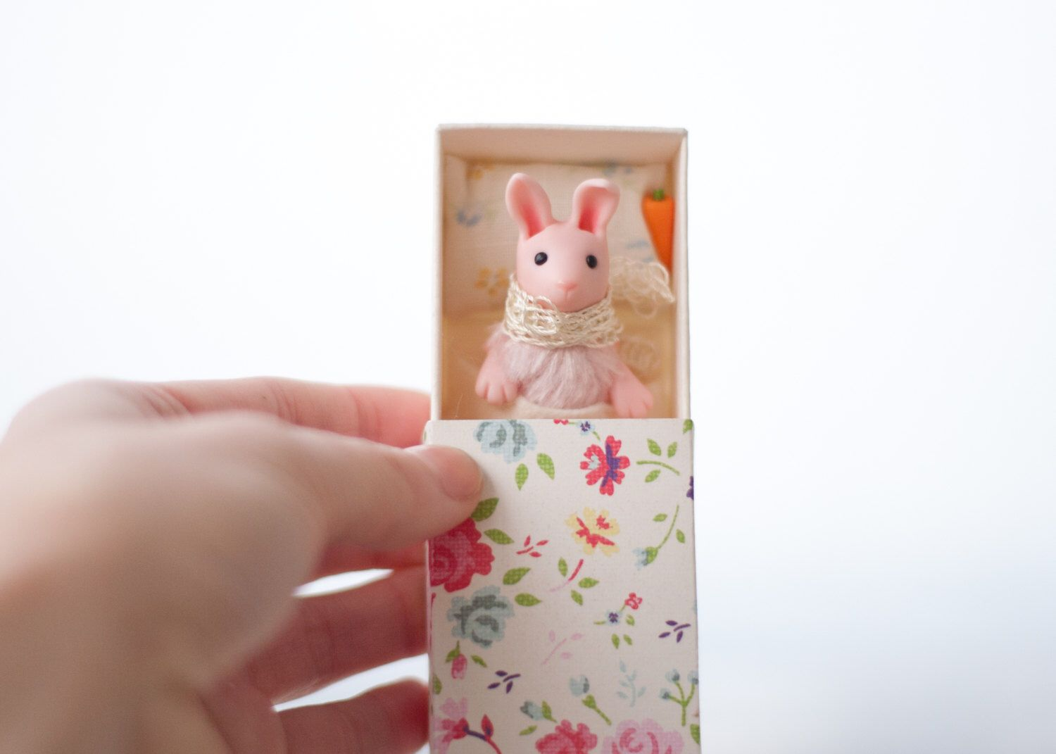 Reserved tiny 2 pink bunnies toys easter gift girl miniature reserved tiny 2 pink bunnies toys easter gift girl miniature matchbox bed art handmade clay negle Gallery