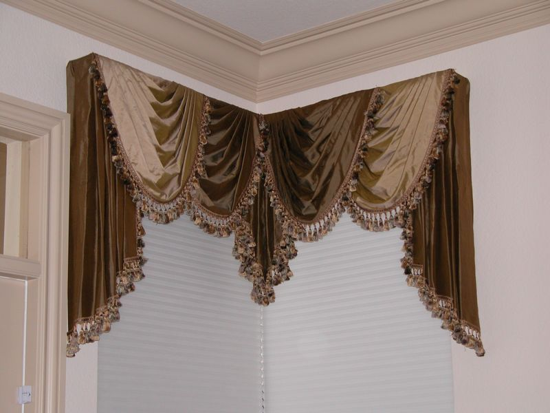 Victorian Drapes Curtain Rods Bedding Designs Decorative
