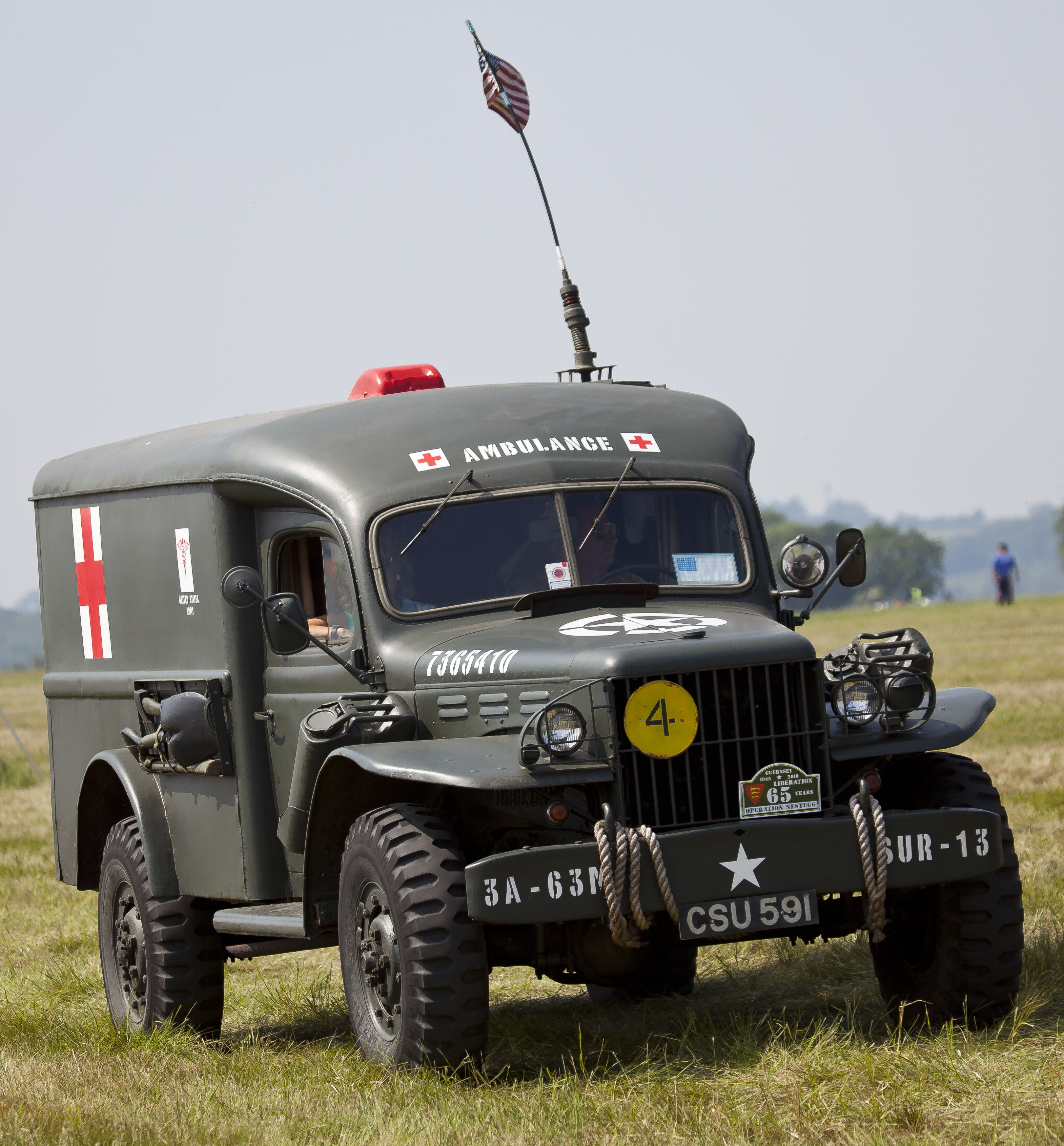 pin by calvin tynes on rare and or strange war machines vintage ambulance collection w byrdny riverview west kildonan ambulance service winnipeg