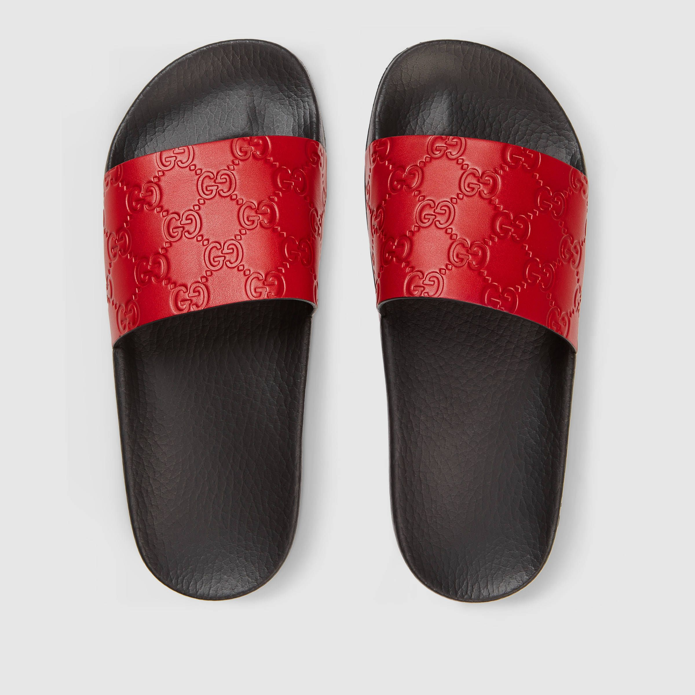 fe591bb08572 Gucci Gucci Signature slide sandal Detail 3