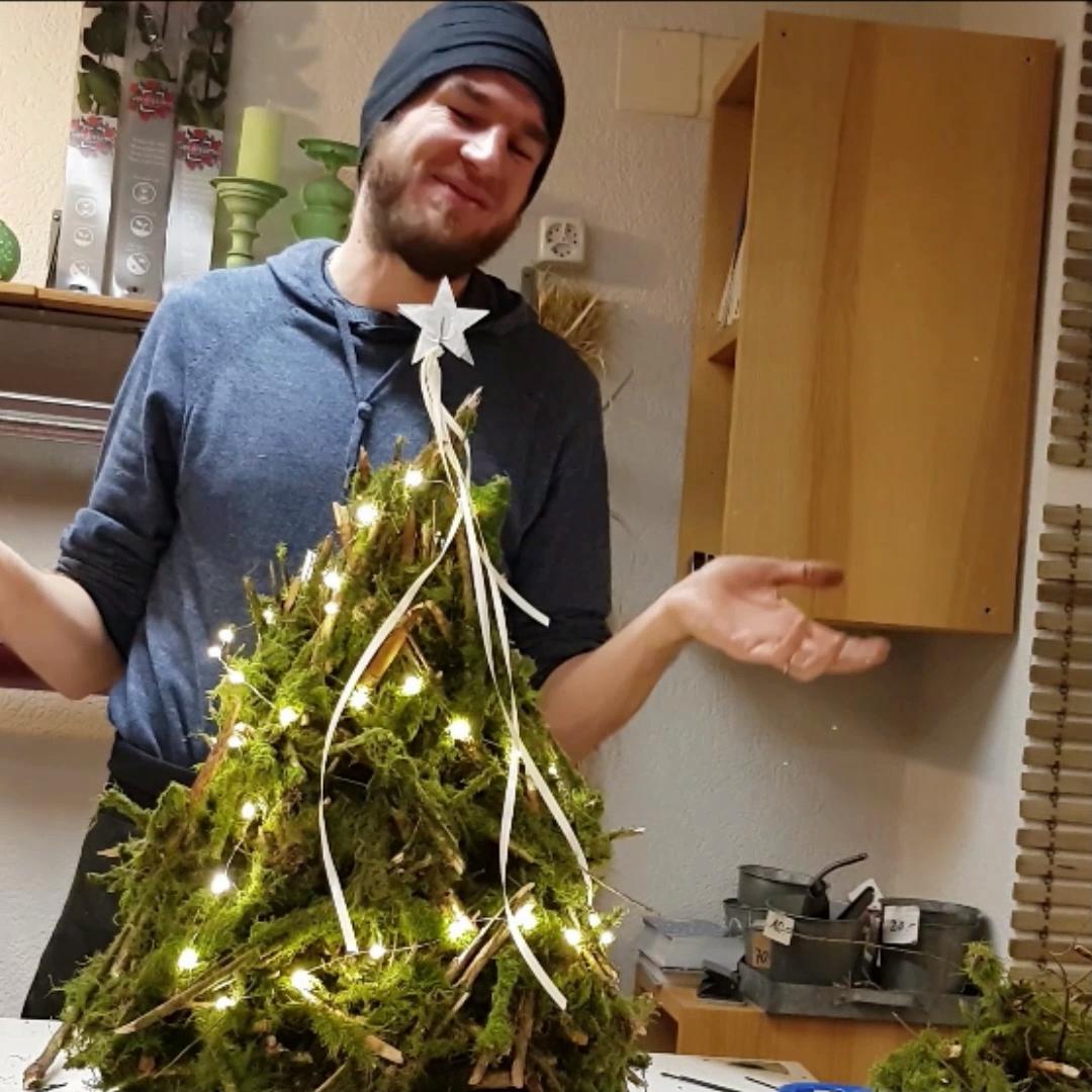 Christbaum Deko Idee aus dem Wald #gartendekoselbermachen