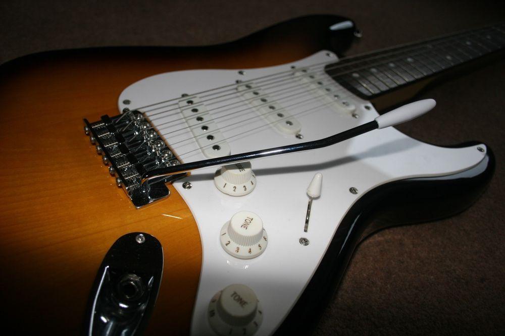 Fender Squier Strat Affinity Stratocaster 20th Anniversary
