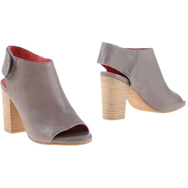Jeffrey Campbell Shoe Boots (185 CAD) ❤ liked on Polyvore featuring shoes, boots, ankle booties, grey, gray ankle booties, grey leather boots, gray boots, real leather boots and jeffrey campbell booties