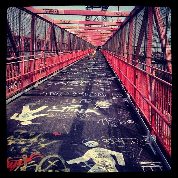 Williamsburg Bridge.