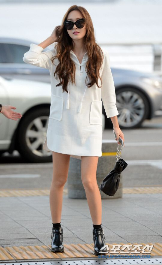 Jessica Jung Is Off For Another Overseas Schedule Airport Fashion Jessica Jung And Snsd