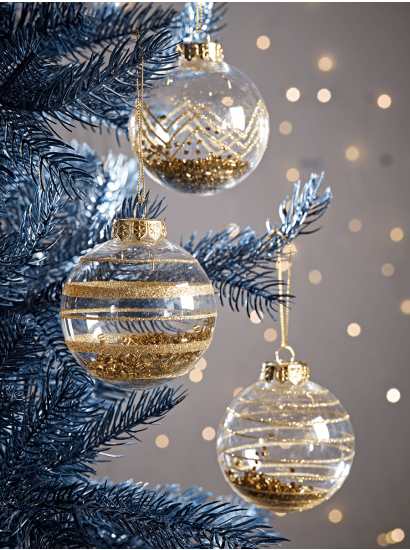 Christmas Tree Decorations Traditional Gold Silver Glass Baubles Uk In 2020 Christmas Ornaments Christmas Bulbs Christmas Tree Baubles
