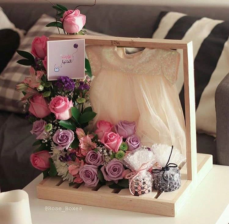 Idea For Children Baby Clothes Flower Box Gift Baby Gift Box Kids Gift Baskets
