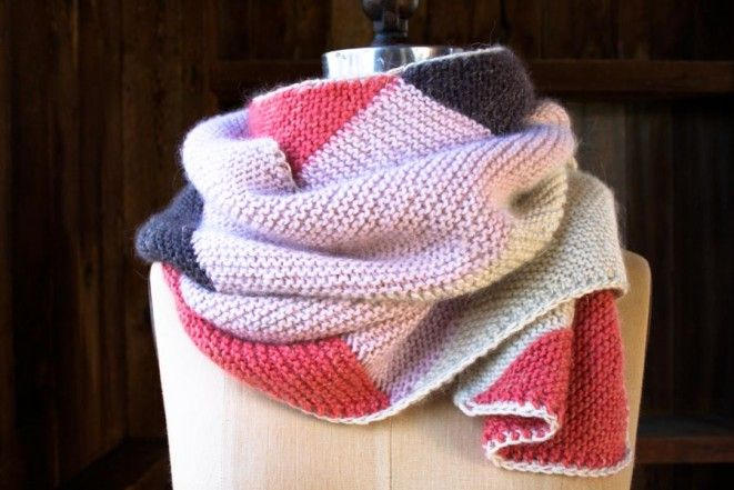 Knitting - Just Triangles Entrelac Scarf - Free Pattern
