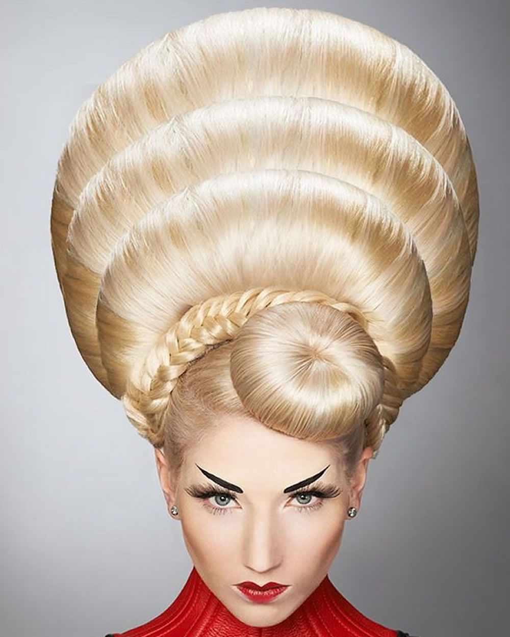 Crazy Hairstyles Prepossessing 2018 Extrême Coiffures Et Coupes De Cheveux Pour Femmes Fou  Coupe