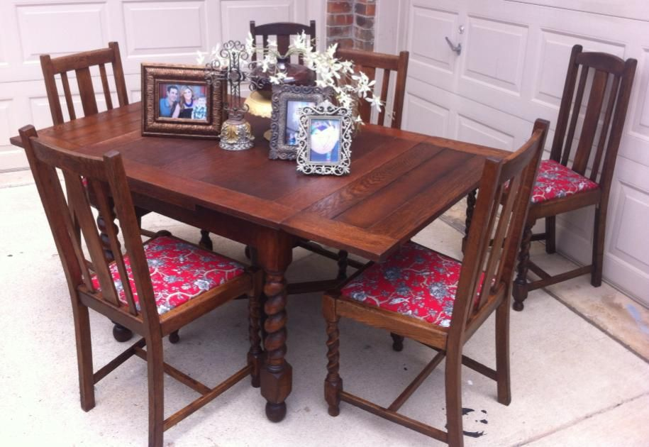 1920 S Barley Twist Table And Chairs That Was Was Too Beautiful To Paint Restained And Reconditioned Made It L Barley Twist Table Barley Twist Furniture Table