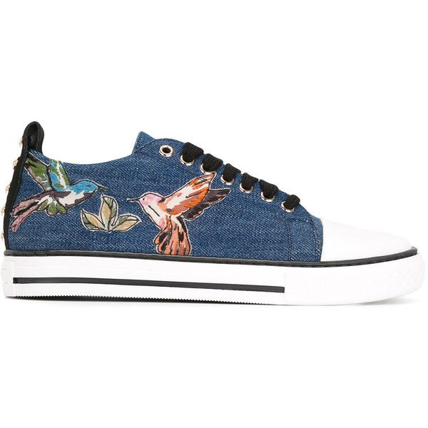 Red Valentino bird patches denim sneakers (8,100 MXN) ❤ liked on Polyvore featuring shoes, sneakers, blue, blue denim shoes, denim footwear, red valentino shoes, red valentino and blue shoes