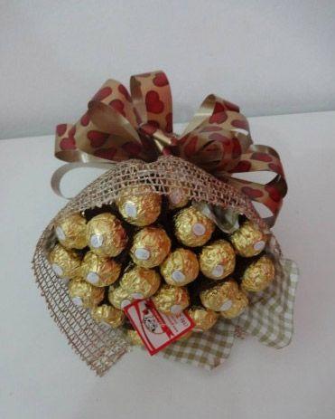 Presente Especial para o Dia dos Namorados: Buquê com 20 Rosas de Mini  Trufas por