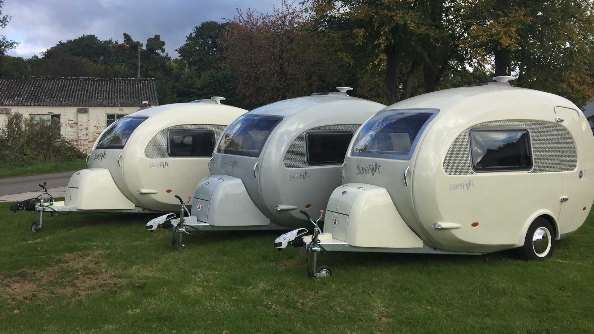The Egg Shaped Barefoot Caravans Trailer From The Uk Which Starts Production For North America Next Year Travel Trailer Small Travel Trailers Travel Camper