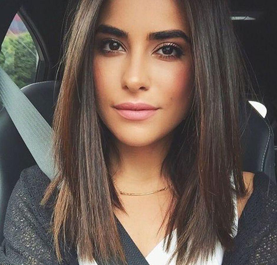 Taglio capelli donna caschetto lungo
