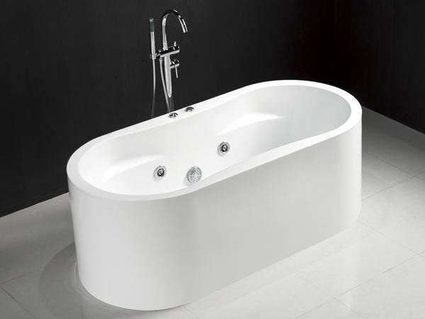 Attractive 1600 Freestanding Whirlpool Tub   Freestanding Whirlpool Bathtub