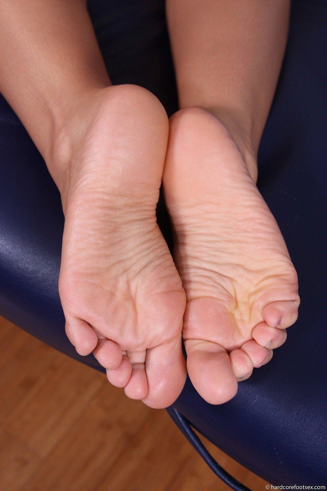Bbw wrinkled soles