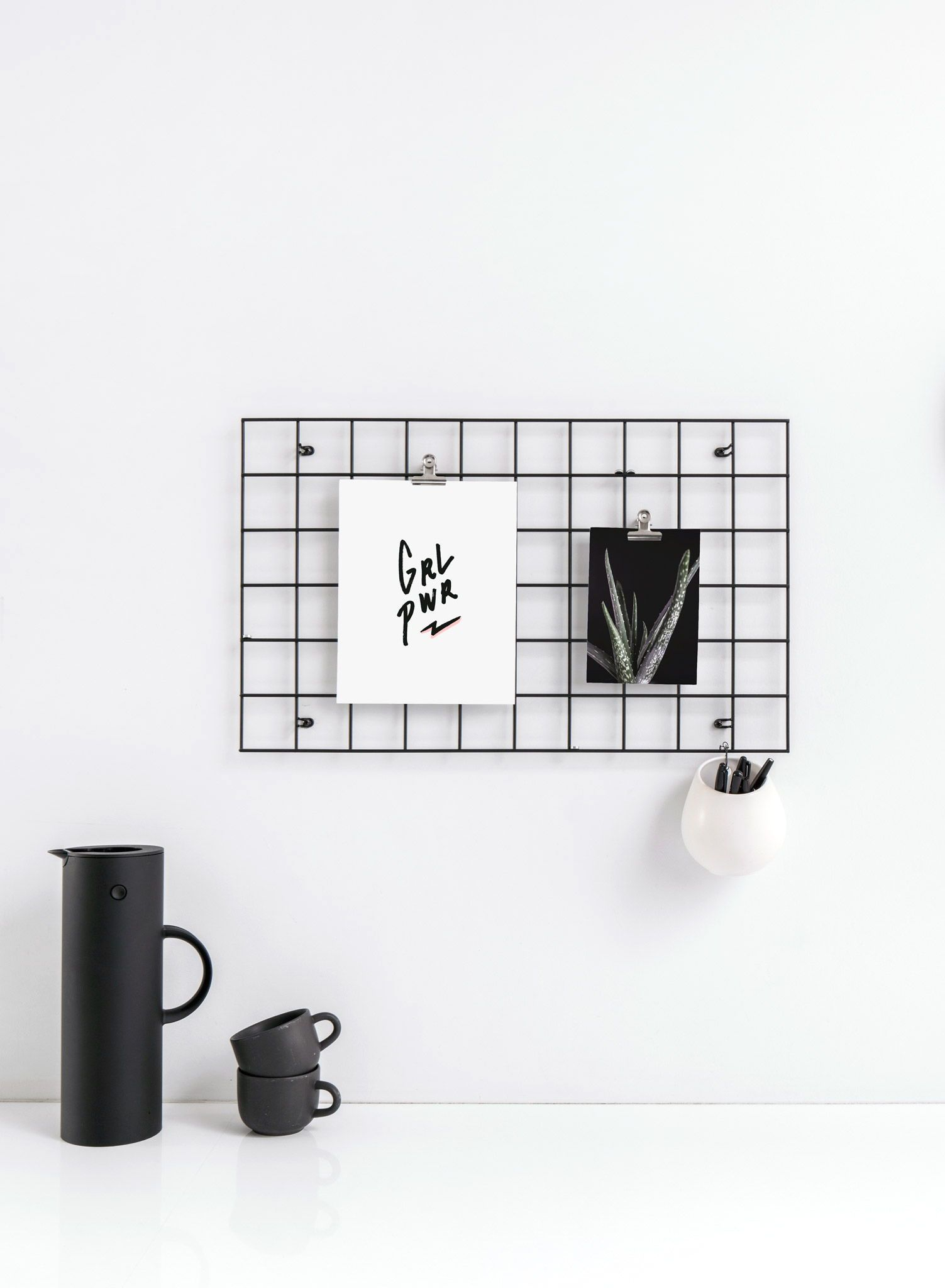 Minimalist black and white kitchen decor unique and modern these
